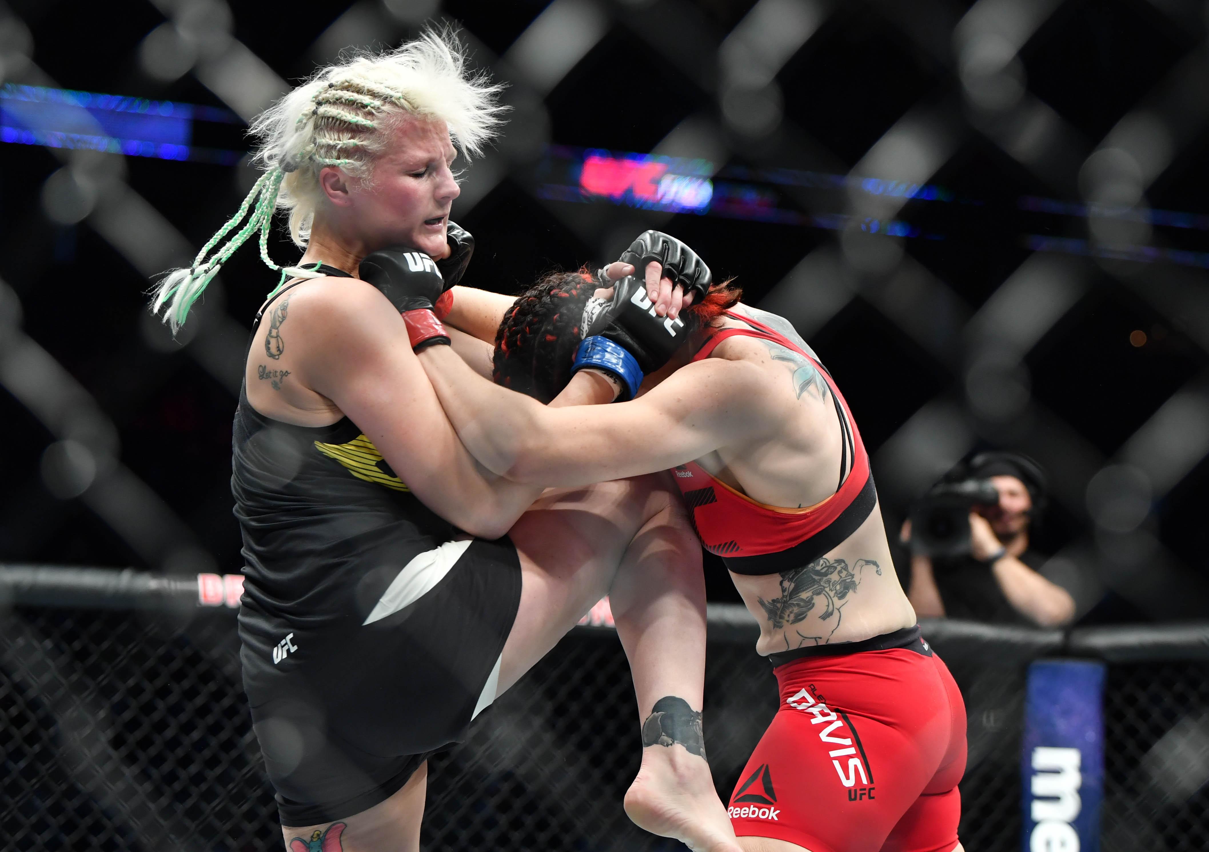 Mma fight cindy vs headgear guy 5